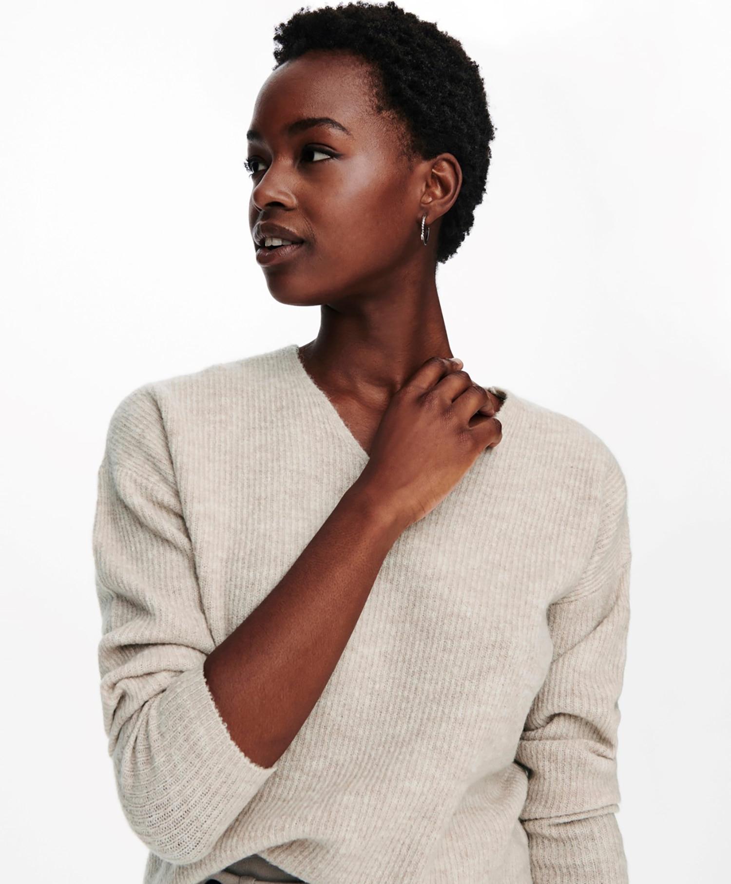 Only Camilla V-neck