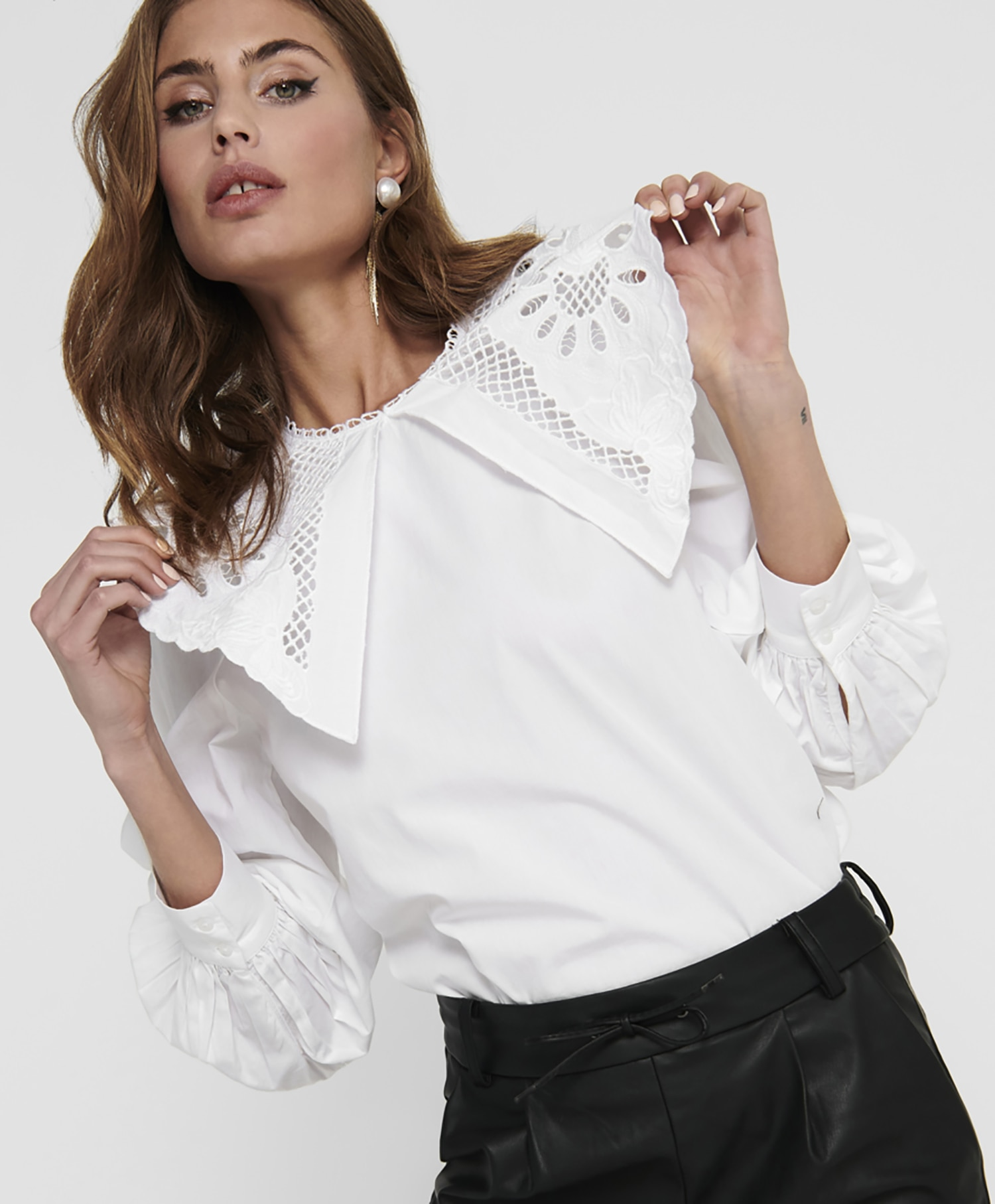 Only Jane Collar Top
