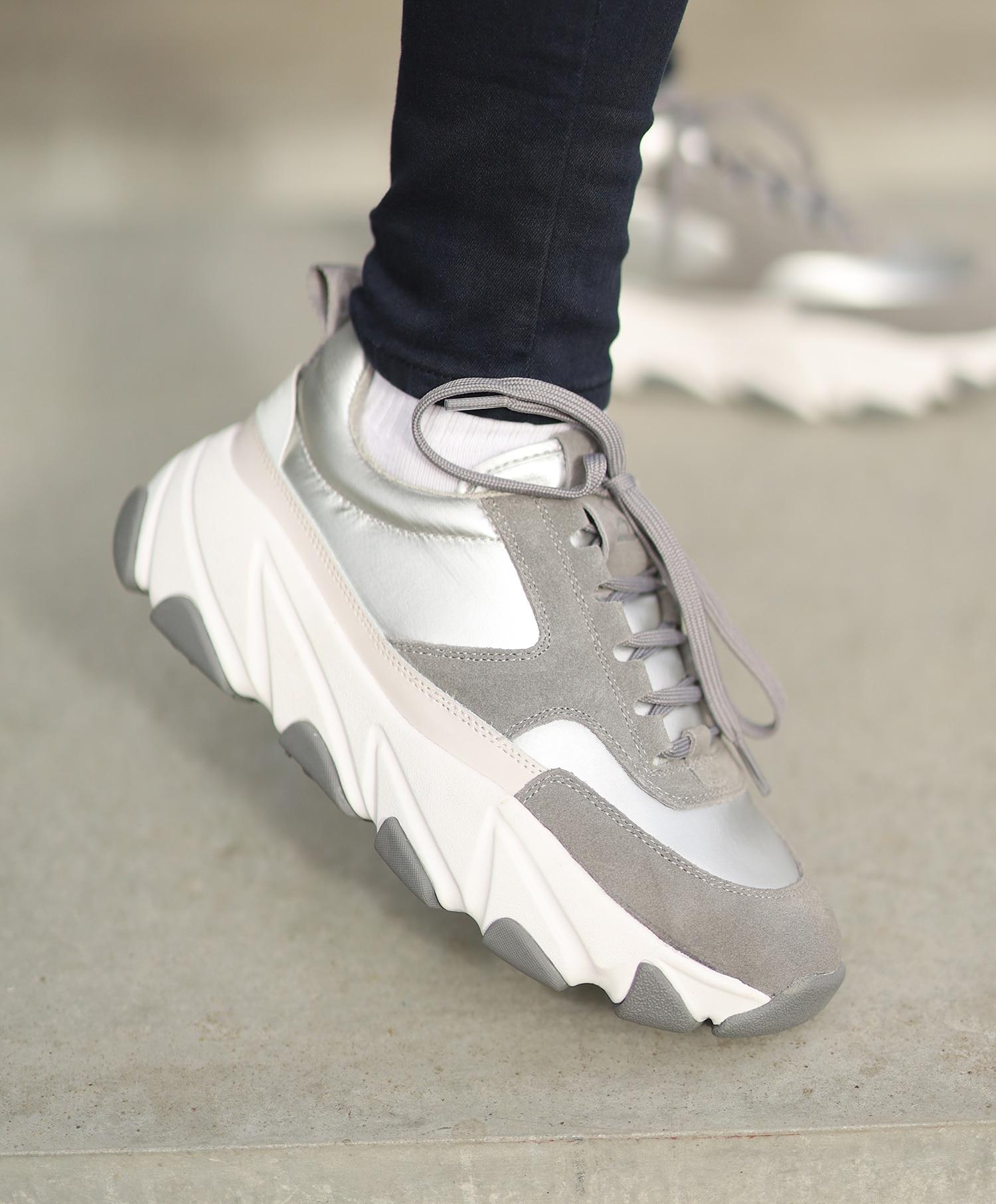 Svea Fire Sneaker