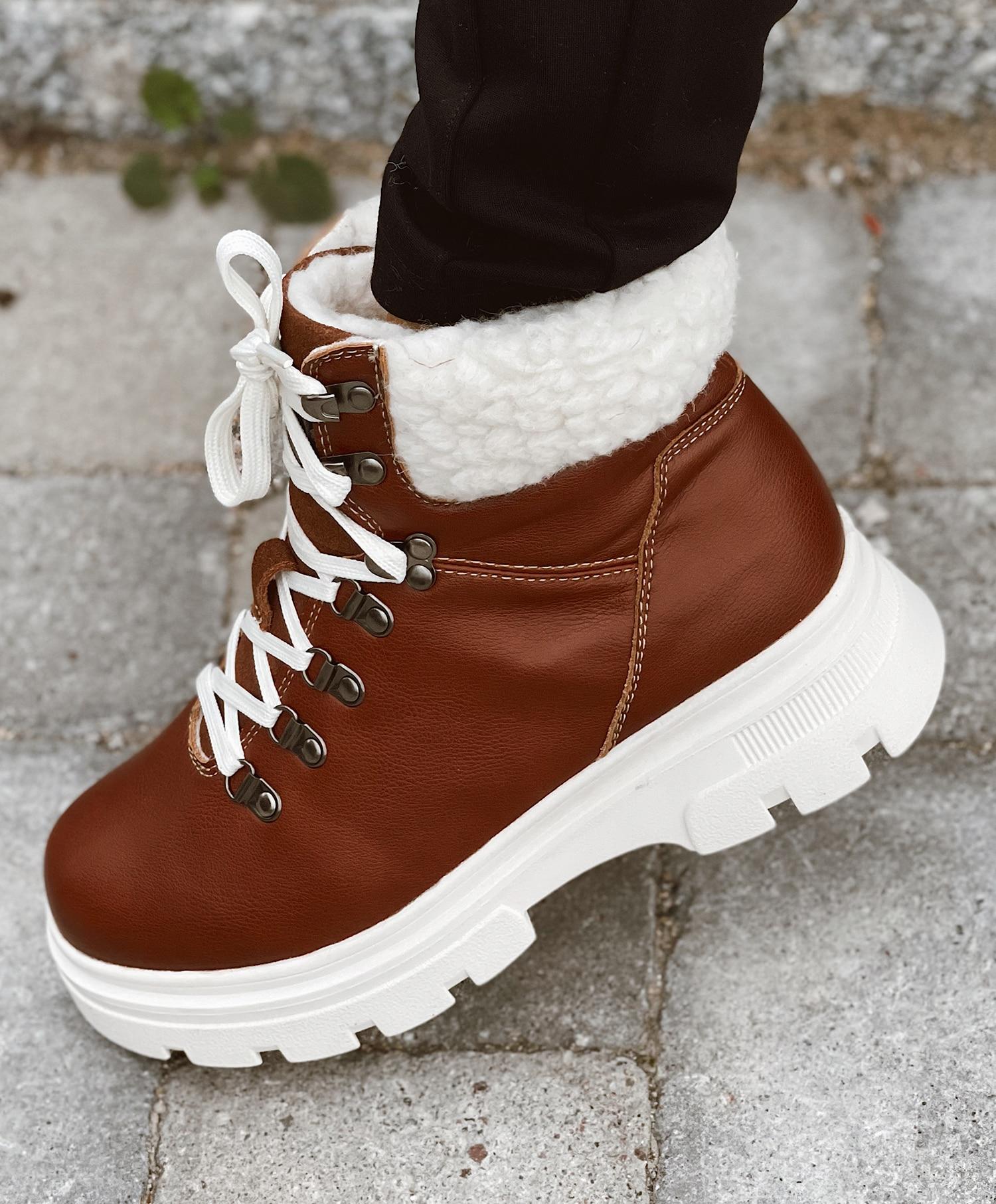 Vannucci Skinn Boots med snøring